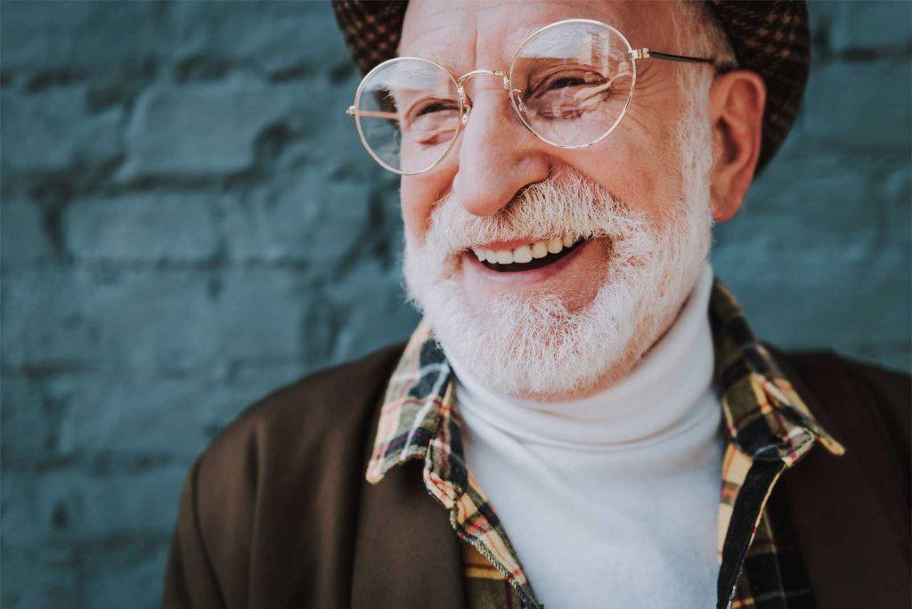 Unbeschwert Lächeln dank moderner Kieferchirurgie
